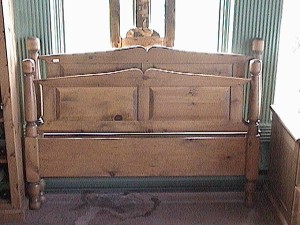 Turned Post Bed - available in double, queen and king