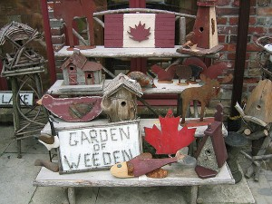 Wooden Bird Houses & Metal Art