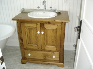 "Double Door Vanity w Bottom Drawer 40""W 22""D 32""H"